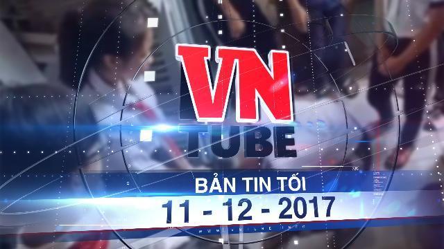 Bản tin VnTube tối 11-12-2017: Làm rõ clip nữ sinh lớp 9 đánh nữ sinh lớp 7 trong nhà vệ sinh