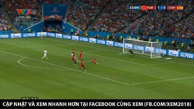 Pha gỡ hòa của Diego Costa cho đội Tây Ban Nha