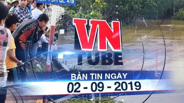 Bản tin VnTube trưa 02-09-2019: Taxi lao xuống sông, 2 người mất tích trong dòng nước lũ