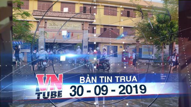 Bản tin VnTube trưa 30-09-2019: Vỡ bờ bao 30m, triều cường nhấn chìm khu dân cư ở Sài Gòn