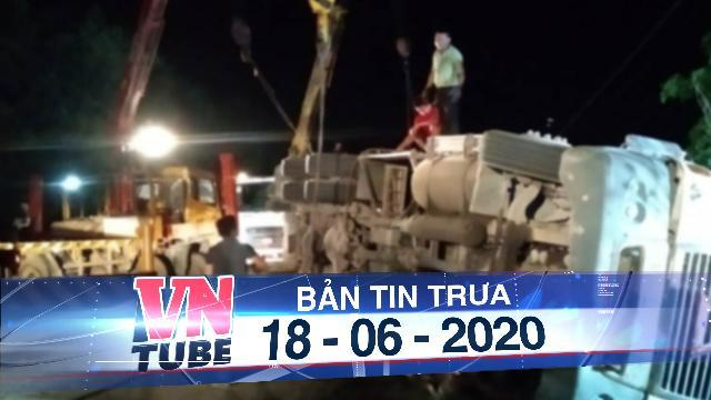 Container đè xe khách khiến 3 người tử vong ở Quảng Ninh