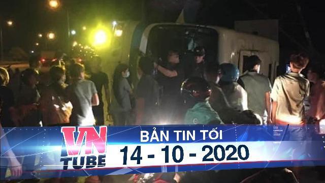 Quảng Ninh: Lật xe khách, một người tử vong