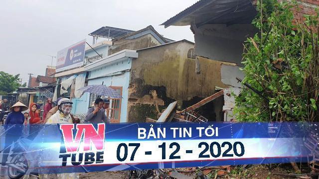 Quảng Nam: Xe container tông liên tiếp 7 nhà dân trên Quốc lộ 1A