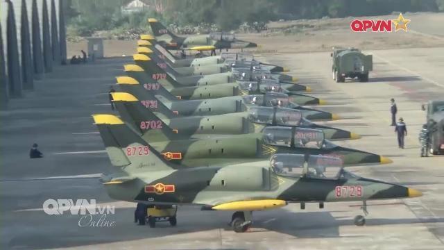 Nhìn lại chiến lược đào tạo phi công quân sự của Việt Nam