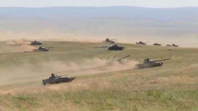 Xe tăng Nga - Trung Quốc nã đạn ầm ầm tại Vostok-2018