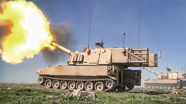 """Xem pháo tự hành uy lực nhất thế giới của Mỹ M109 Paladin """"khạc lửa"""""""
