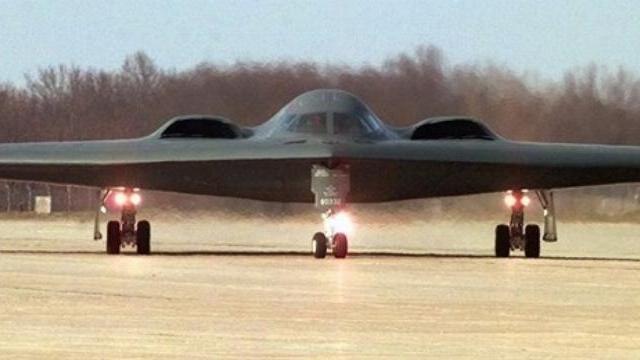 """Mỹ điều oanh tạc cơ B-2 dằn mặt """"sát thủ diệt Guam"""" của Trung Quốc"""