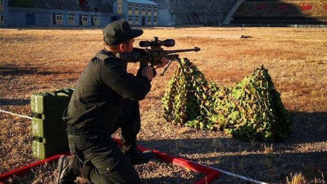 Sức mạnh súng bắn tỉa hiện đại của Cảnh sát cơ động Việt Nam