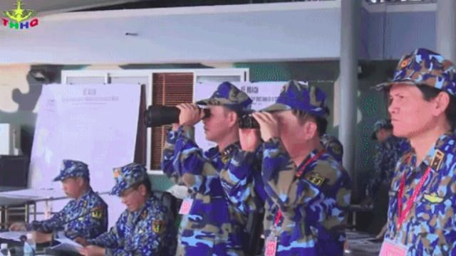 Hải quân Việt Nam bắn đạn thật, tiêu diệt mục tiêu trên biển