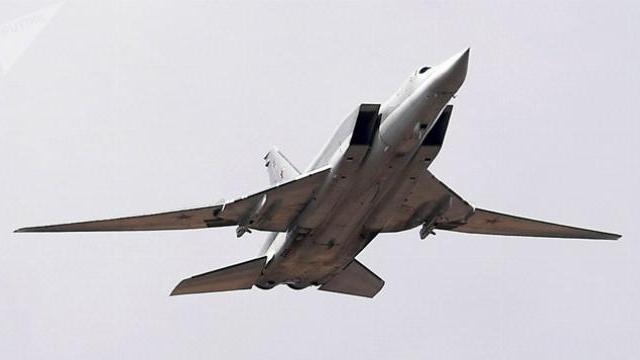 Máy bay ném bom chiến lượng Tu-22M3 Nga gặp nạn trong cuộc tập trận Zapad 2017