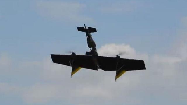 """Xem cỗ máy """"ác mộng bay"""" của Nga khai hỏa"""