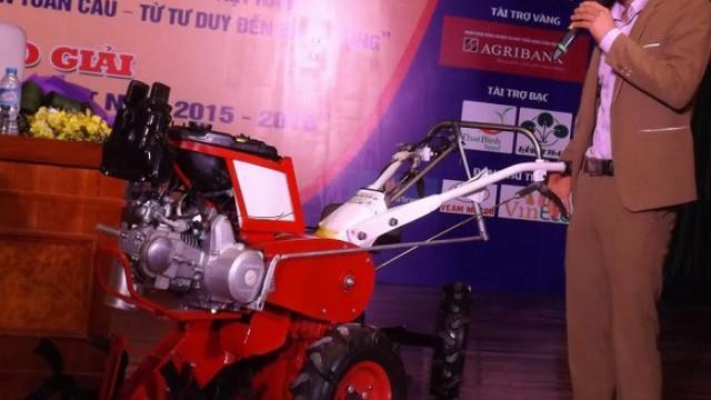 Nông dân học hết lớp 12 chế máy nông nghiệp 15 chức năng