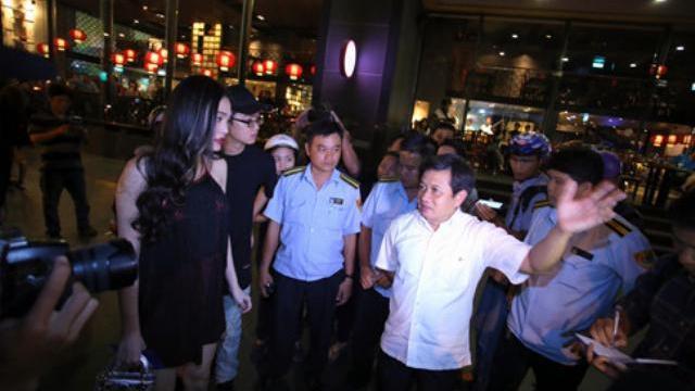 Cẩu xe sang dù người mẫu Cao Thùy Linh có mặt trình giấy tờ