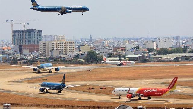 'Nói không thể nới sân bay Tân Sơn Nhất lên phía Bắc là ngụy biện'