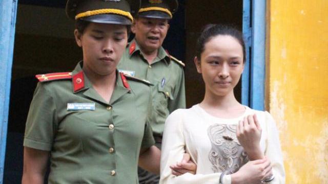 Luật sư: 'Sẽ đề nghị hội đồng xét xử tuyên Phương Nga vô tội'