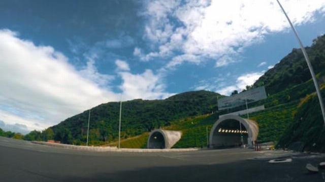 Hầm Đèo Cả thay đổi giao thông qua miền Trung thế nào