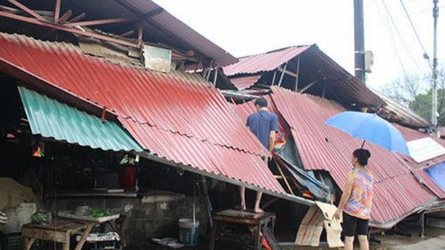 Giông lốc giật tốc mái 742 nhà dân ở Lào Cai - VnExpress