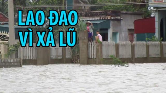 Hàng trăm hộ dân ở Thanh Hóa lao đao trong biển nước vì xả lũ