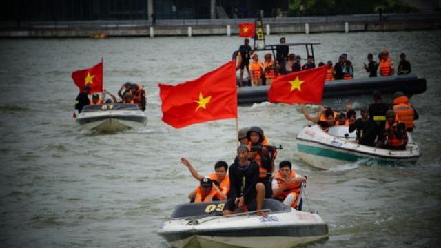 Cảnh sát đặc nhiệm diễn tập chống khủng bố bảo vệ APEC