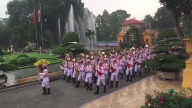 Đoàn quân nhạc tiến vào Phủ Chủ tịch