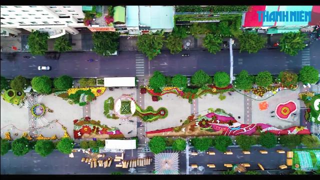 Ngắm đường hoa Nguyễn Huệ 2018 từ góc máy flycam | Thời sự | Báo Thanh Niên