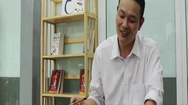 Gặp thầy giáo chữa bệnh sợ tiếng Anh cho giới trẻ TP.HCM