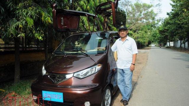 Chiếc ô tô điện đầu tiên do một người Việt Nam sáng chế, chạy 100km chỉ tốn 15 nghìn tiền điện