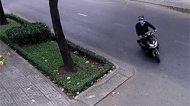 Nhân viên Tổng lãnh sự quán liên bang Nga bị giật dây chuyền táo tợn trên phố Sài Gòn