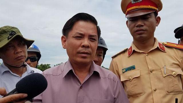 Kiểm tra hiện trường vụ tai nạn, Bộ trưởng Bộ GTVT nói gì?