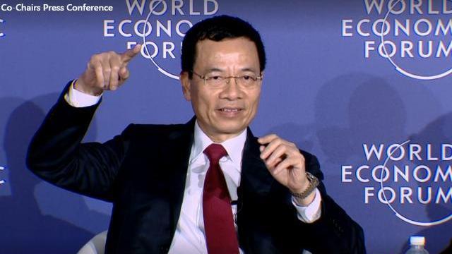 Quyền Bộ trưởng Nguyễn Mạnh Hùng trình bày bằng Tiếng Anh tai WEF ASEAN 2018