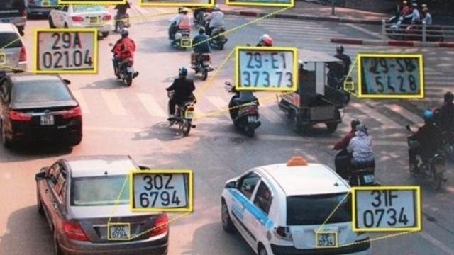 Vũ khí công nghệ giúp Công an Hà Nội dẹp loạn xe khách vi phạm