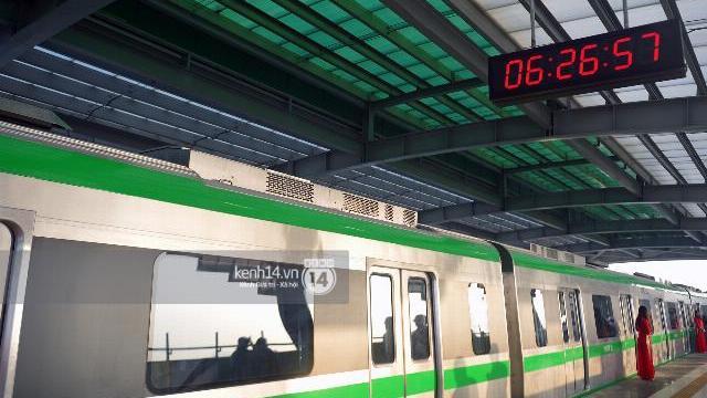 Đường sắt Cát Linh - Hà Đông chính thức chạy thử 5 tàu