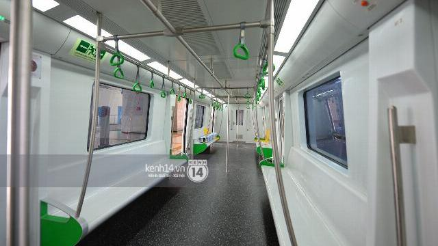 Cận cảnh 5 đoàn tàu Cát Linh – Hà Đông chạy đồng loạt trên đường