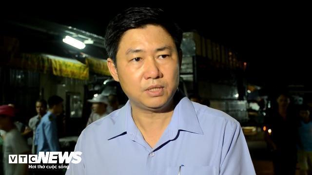 Bảo kê chợ Long Biên: Tạm đình chỉ 1 phó ban quản lý, dừng hoạt động 2 tổ bốc xếp