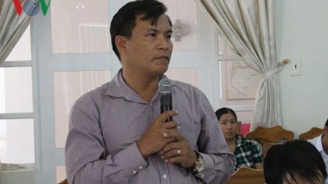 Tạm đình chỉ chức vụ Bí thư kiêm Chủ tịch ở điểm nóng Bắc Vân Phong