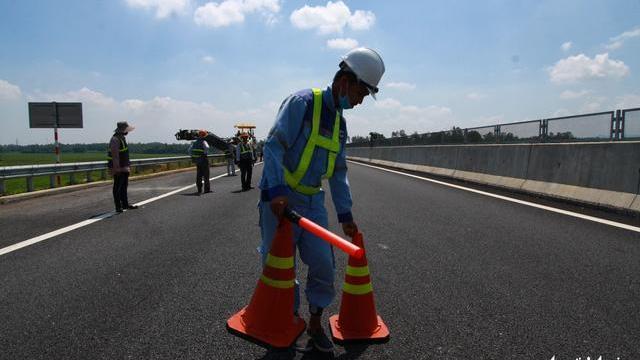 Sửa chữa tuyến cao tốc Đà Nẵng - Quảng Ngãi ngày 17-10