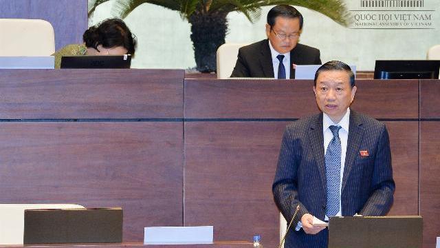 Bộ trưởng Công an nói về vụ 'đổi 100 USD bị phạt 90 triệu đồng'