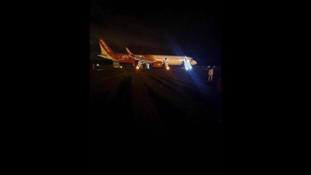 Máy bay gặp sự cố khi hạ cánh tại Buôn Ma Thuột