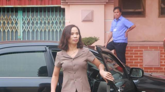 Bị cáo Triệu Thị Chính khóc tại toà, kêu oan