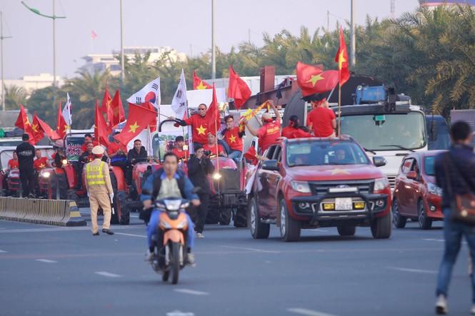 Trực tiếp đón hai đội tuyển bóng đá Việt Nam
