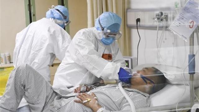 Xem Virus corona tàn phá lá phổi của con người như thế nào?