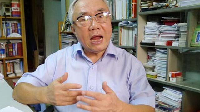 Xúc động nghe nguyên Chủ nhiệm VP Chính phủ Vũ Mão hát về tình hữu nghị