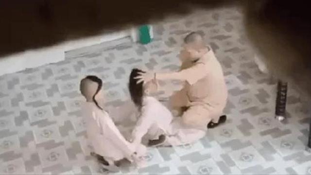 Xôn xao clip sư cô túm tóc, tát đồ đệ trong chùa ở TP HCM