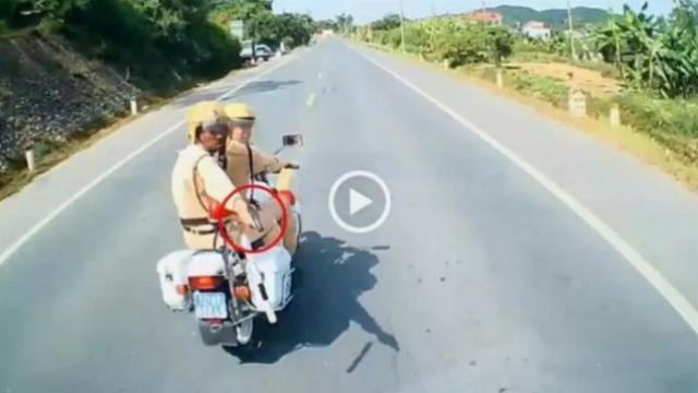 CSGT Lạng Sơn được cho là chĩa súng vào phương tiện vi phạm giao thông