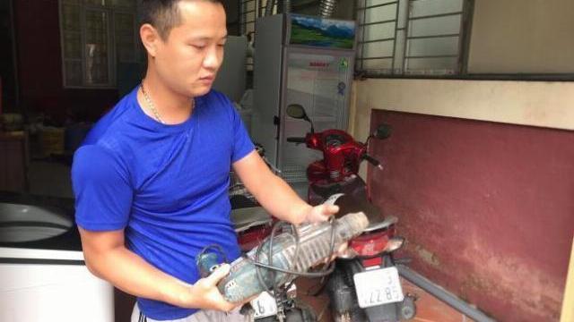 Anh Phạm Thành Công kể lại phút dân khoan tường cứu sống bé trai sơ sinh