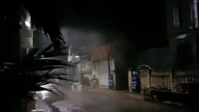 Gió bão tại đảo Lý Sơn vào lúc 22h ngày 27/10